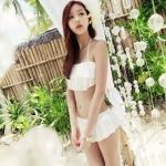 [พร้อมส่ง]BKN-196 ชุดว่ายน้ำบิกินี่ทูพีชสายคล้องคอ สีขาวสวย บรา+กางเกงแต่งระบายน่ารัก