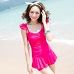 [พร้อมส่ง]BKN-204 ชุดว่ายน้ำวันพีช สีชมพูบานเย็น กระโปรงระบายด้านในเป็นแบบกางเกงขาสั้น
