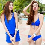 [พร้อมส่ง]BKN-302 ชุดว่ายน้ำเซ็ต 4 ชิ้น สีน้ำเงินสวย บรา+บิกินี่ เสื้อคลุม+กางเกงขาสั้น