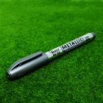 ปากกาเมทัลลิคสีเงิน (Silver Metallic Permanent Pen)